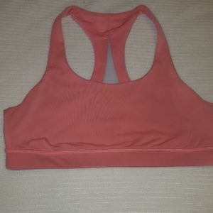 Lululemon invigorate sports bra